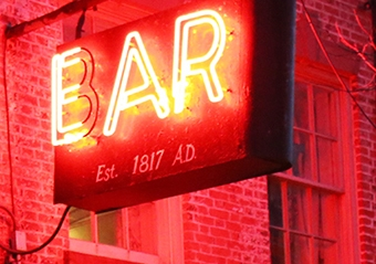The Ear Inn neon sign.