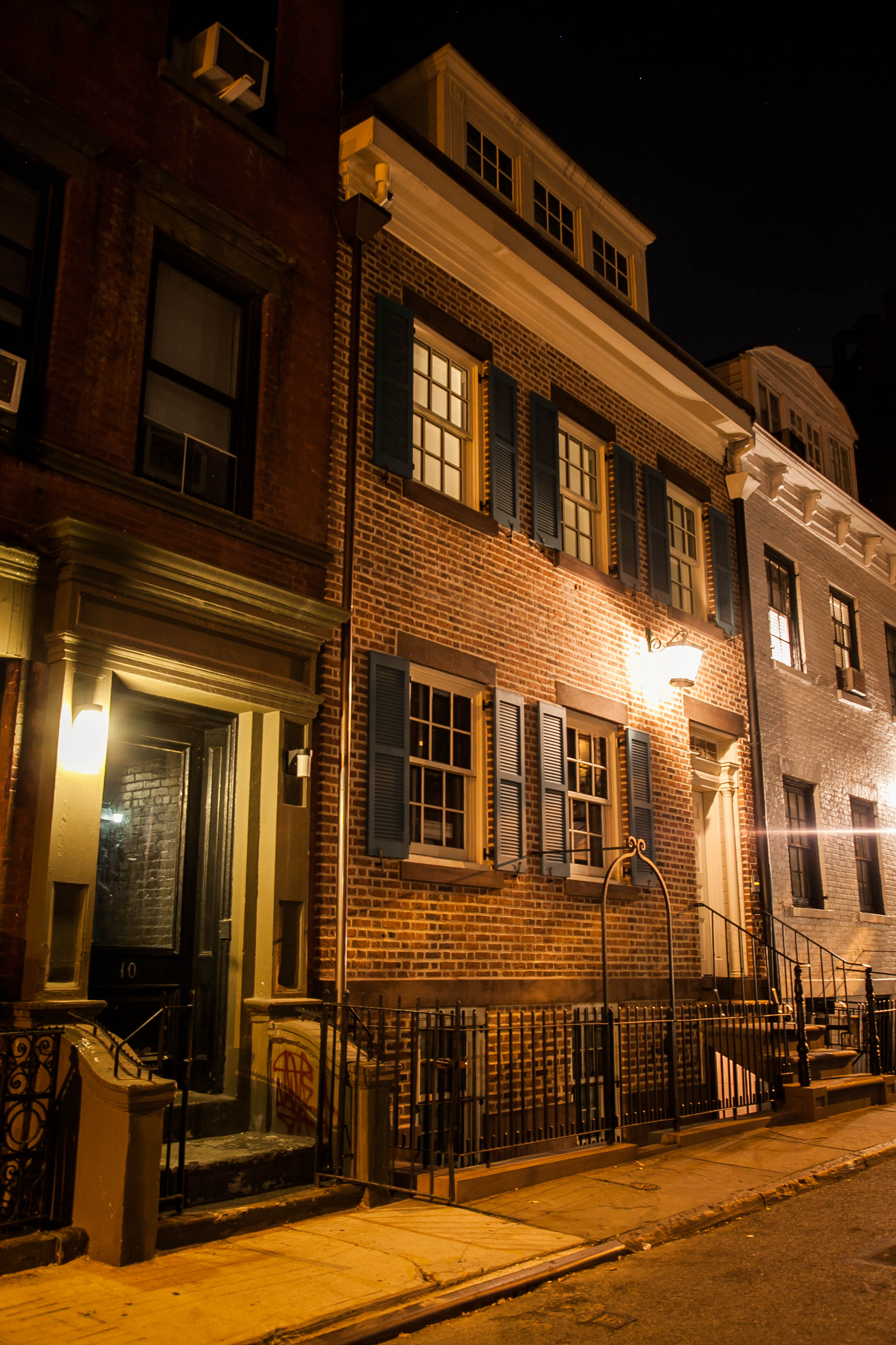 The Pirates Den house, a speakeasy and house of ill repute in NYC's Greenwich Village