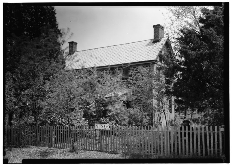 Black and white photo of Leed's House New Jersey