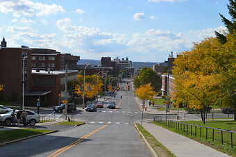 photo shows a quiet street in syracuse new york